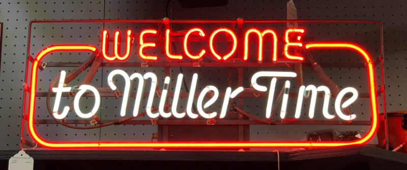 Add Some Pizzazz To Your Home With Neon Bar Signs! | The